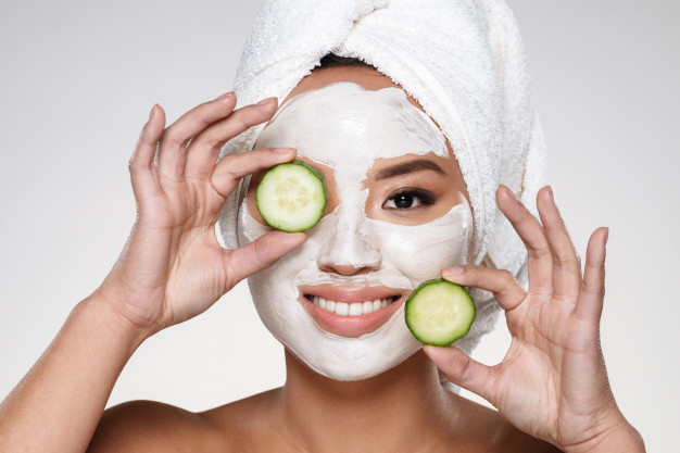 5 Easy DIY Face Masks for Glowing Skin